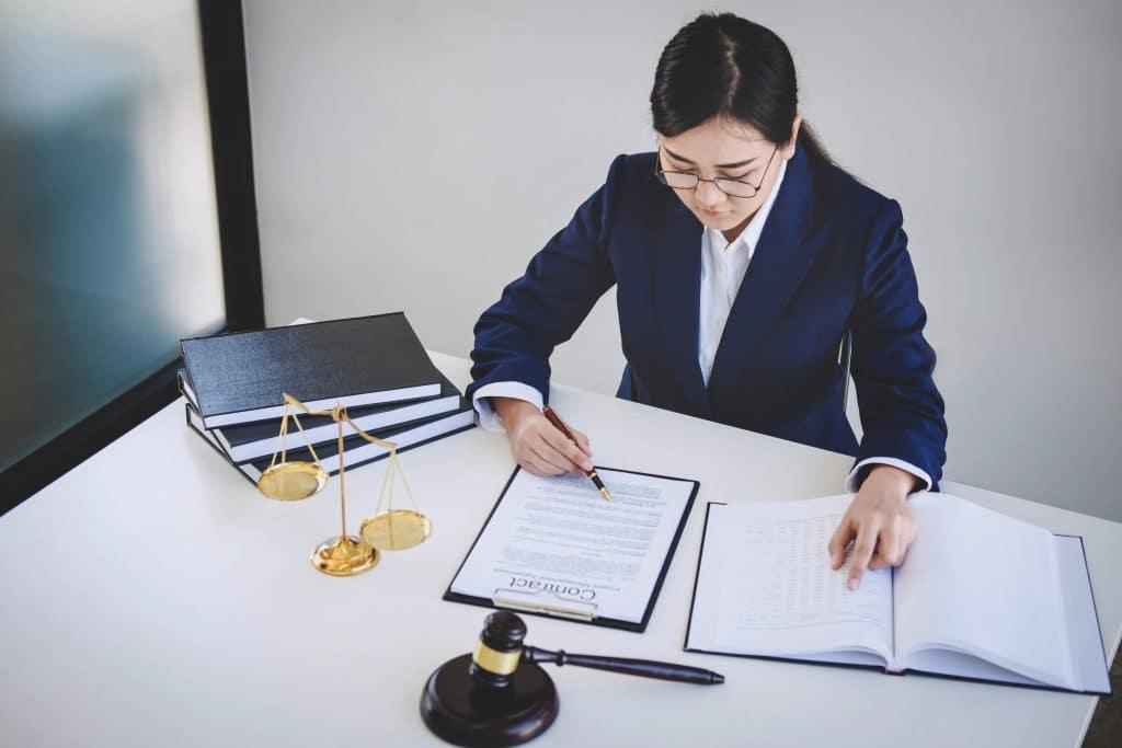 Pourquoi faire appel à un professionnel de la traduction juridique ?