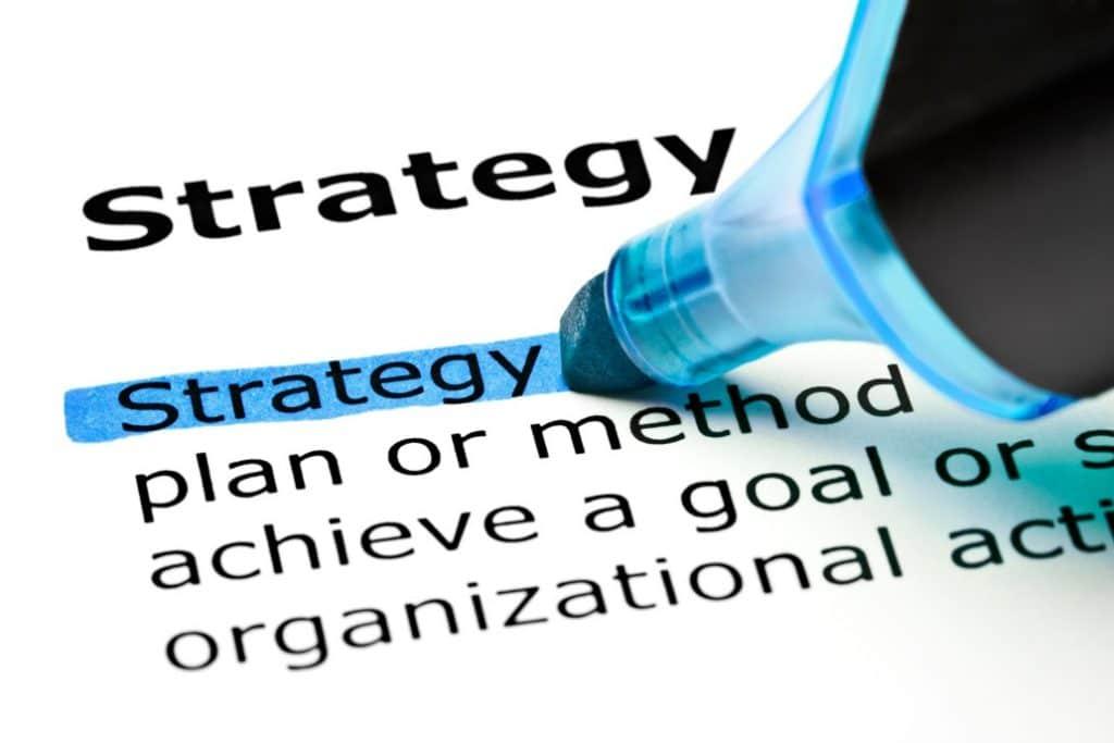 Comment mettre en place une telle stratégie commerciale?