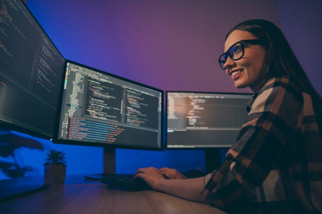 Pourquoi se reconvertir dans l'informatique ?