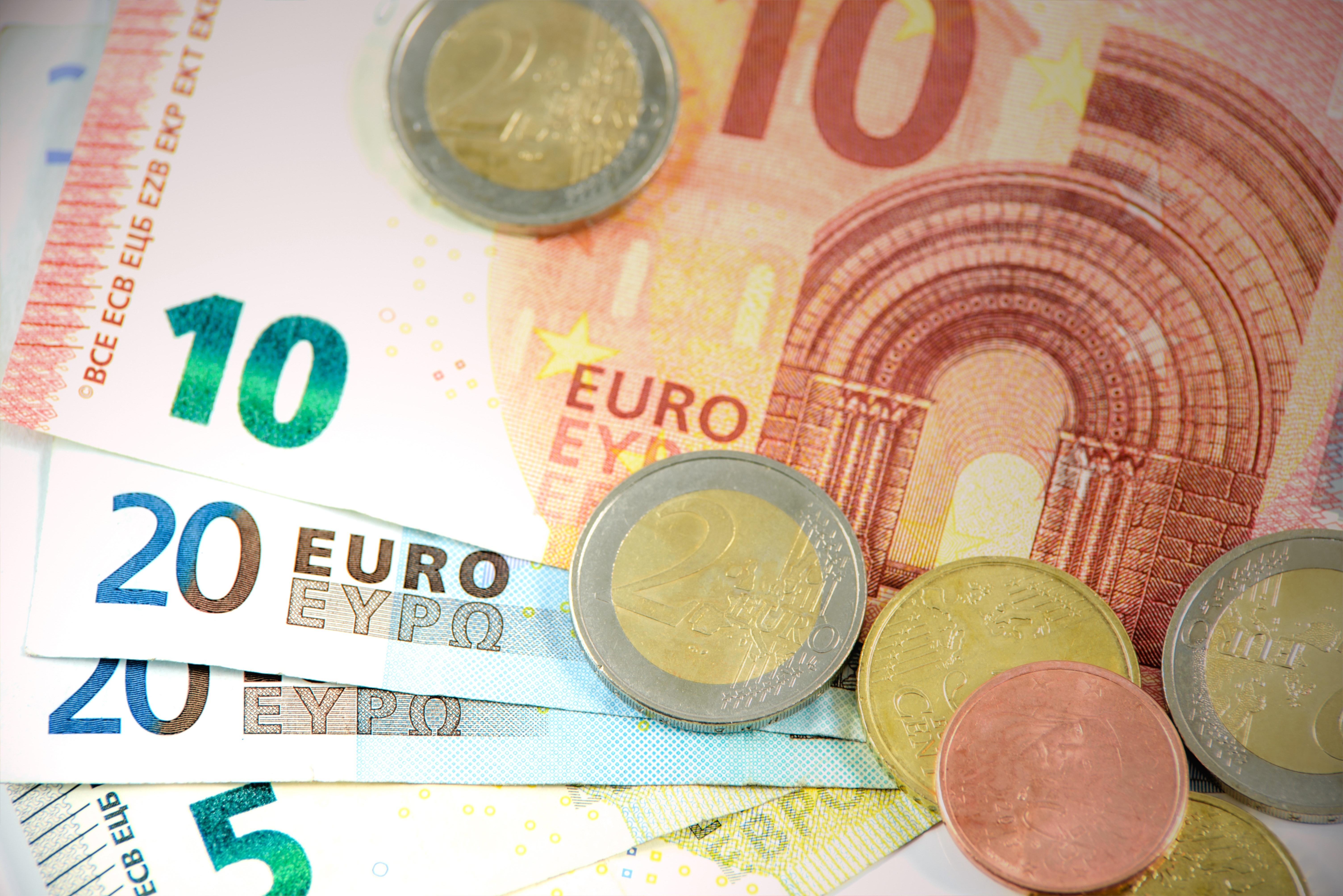 Rachat de crédit ou réduction de ses mensualités : comment débloquer votre situation financière ?